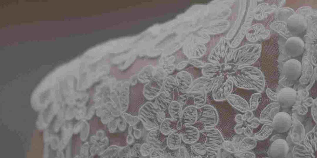 https://lauragisbert.com/wp-content/uploads/2015/09/wedding-bck-1080x540.jpg